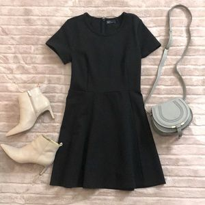 GAP short sleeve black fit & flare cotton dress 8